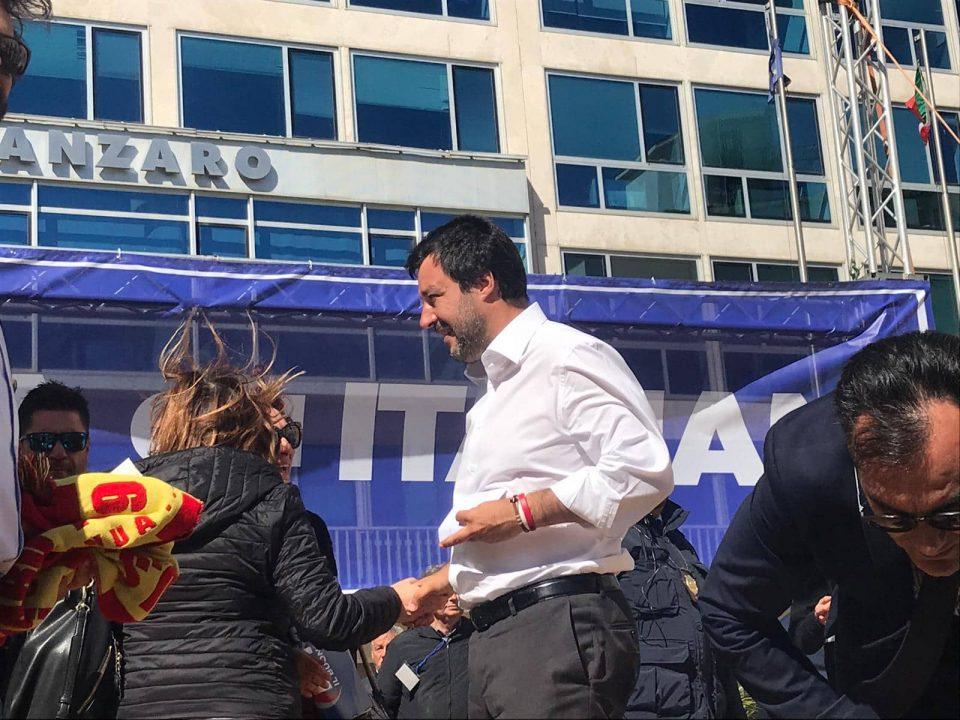 """Salvini a Catanzaro: """"Aiutatemi a liberare la Calabria"""" (VIDEO)"""