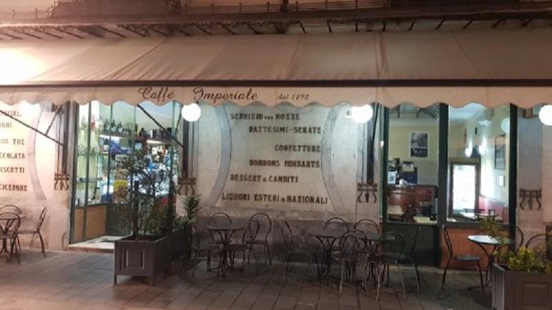 """Catanzaro, il 25 novembre chiude lo storico """"Bar Imperiale"""" - Calabria 7"""