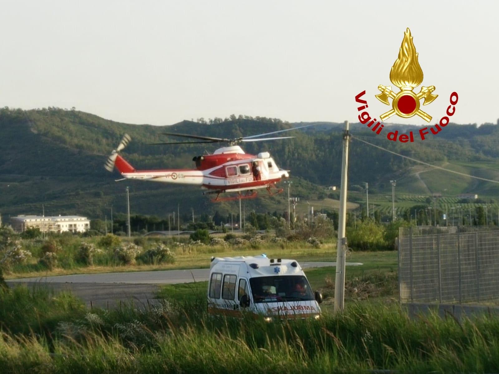soccorso a sellia superiore da elicottero vvf