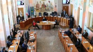 consiglio comunale palazzo dei bruzi