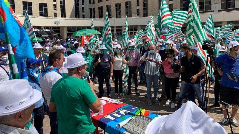 Regione Calabria m5s sindacati