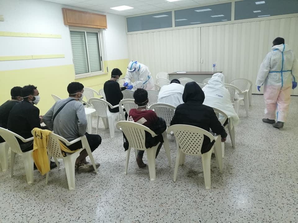 Migranti: nuovo sbarco nella Locride, tanti minorenni (FOTO)